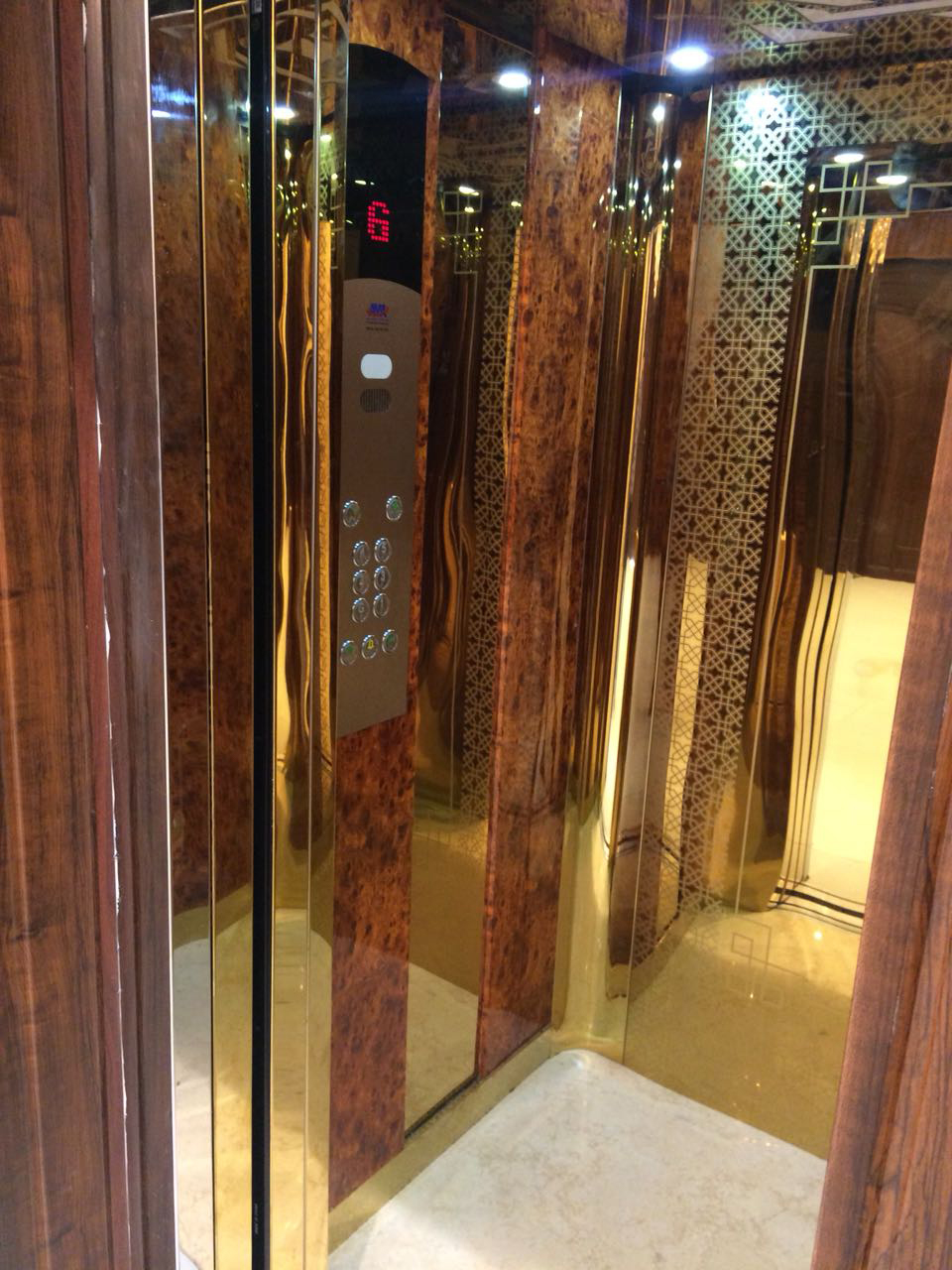 Lifts for residential buildings